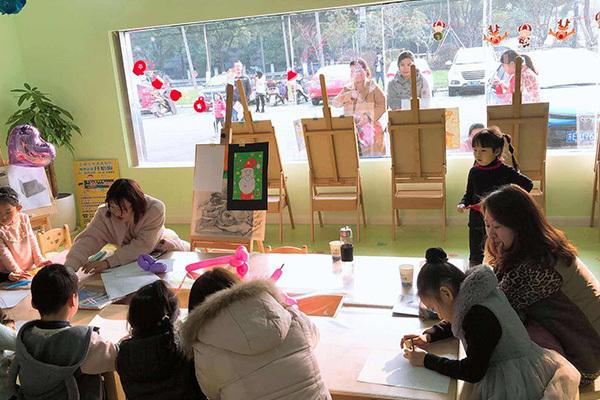 杨梅红美术教育加盟未来发展能力怎么样