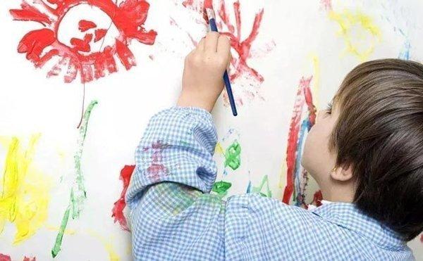 杨梅红少儿美术加盟,给与孩子好的教育!